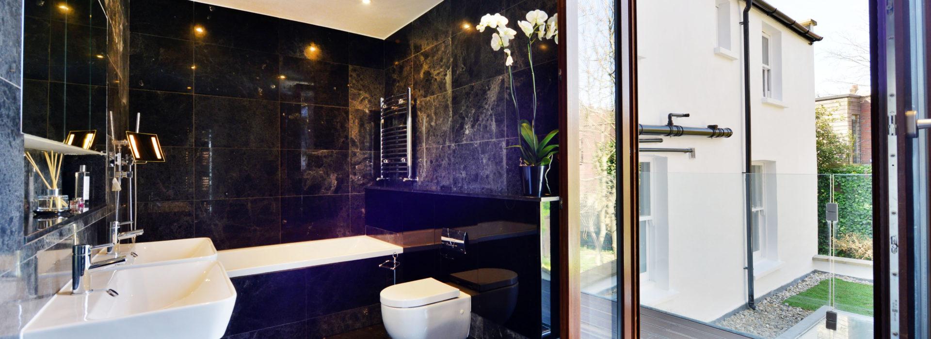 bathroom sink bathtub